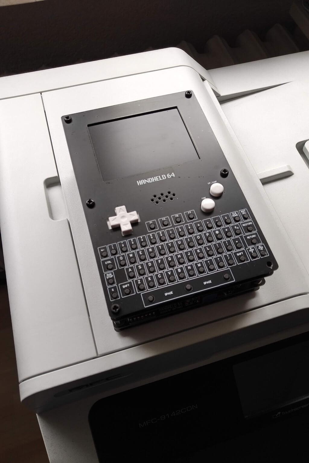 Für Tüftler: C64 als Handheld nachbauen