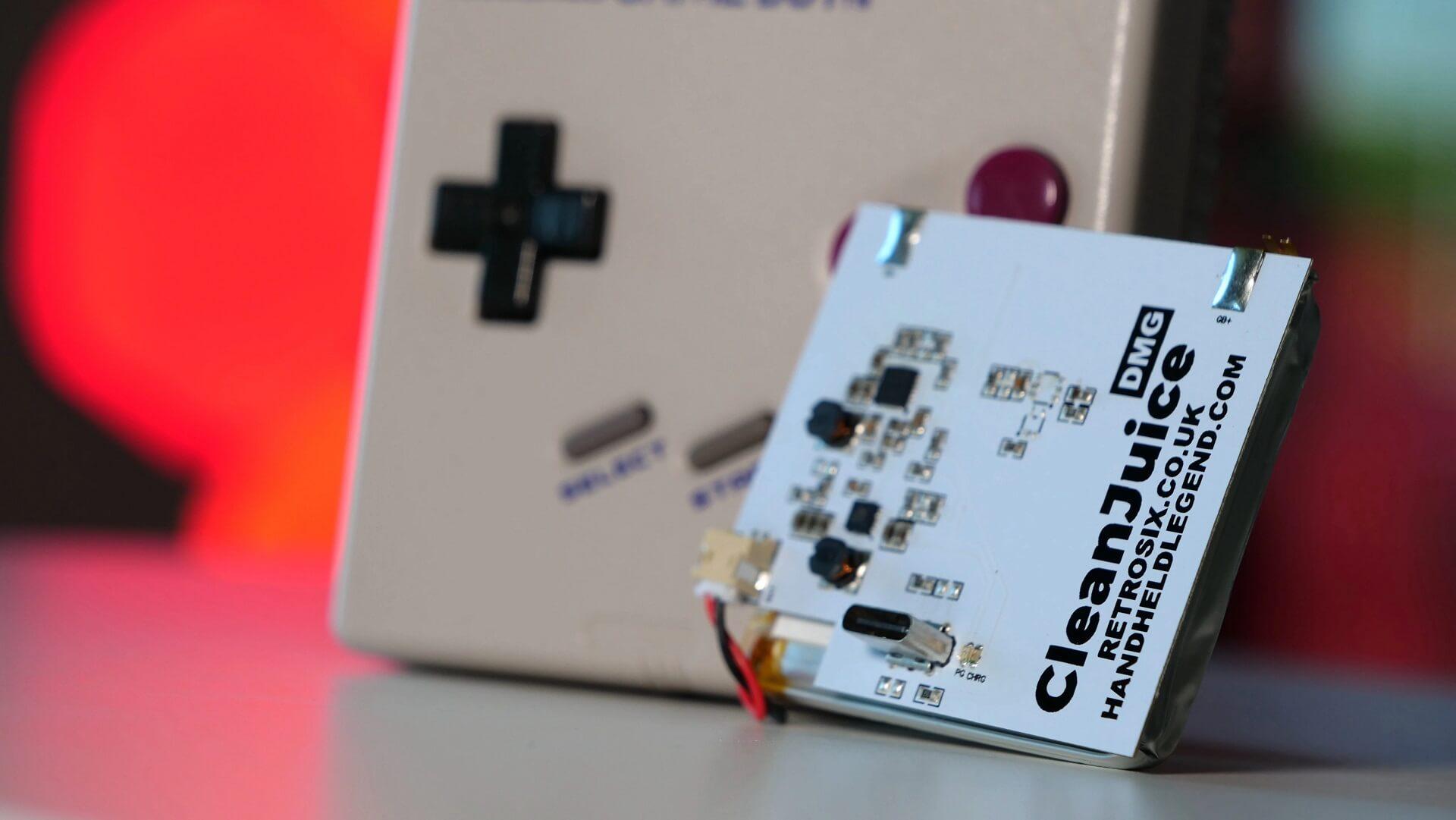 Game Boy: Nie mehr Batterie wechseln