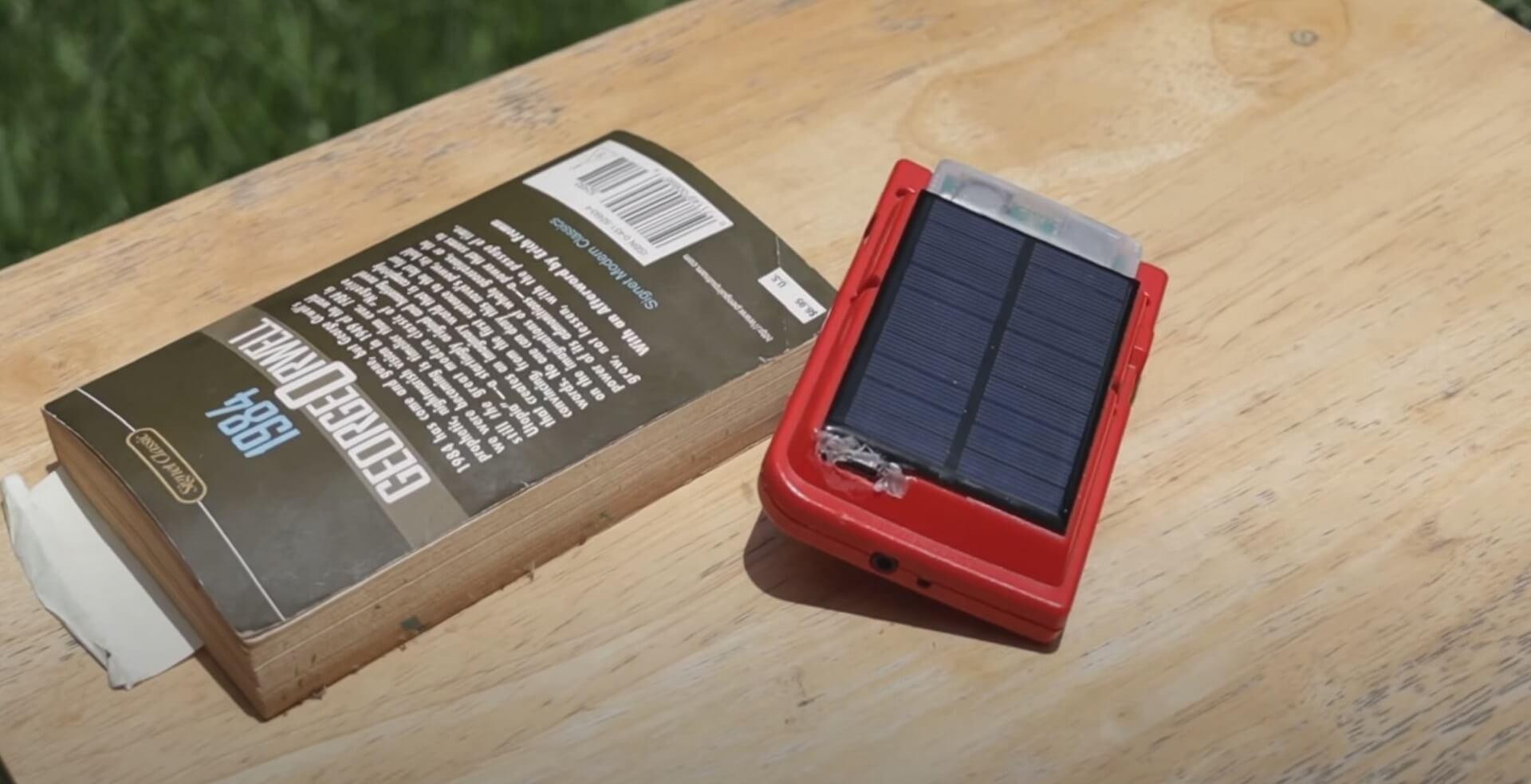 Game Boy Pocket mit erneuerbarer Energiequelle
